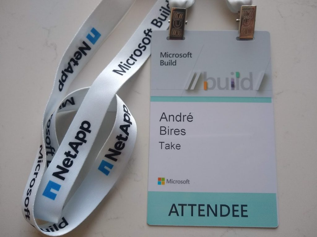 microsoft build 2019 crachá